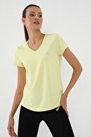 Tommy Life Limon Kadın Basic Kısa Kol Standart Kalıp V Yaka T-shirt - 97145