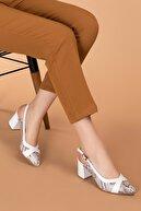Gondol Hakiki Deri Yılan Desen Ayrıntılı Topuklu Ayakkabı Şhn.0738 Beyaz Yılan