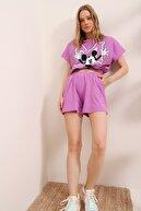 Trend Alaçatı Stili Kadın Lila Baskılı Beli Lastiki Crop Top Ve Şort Alt Üst Takım MDA-1203