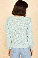Bianco Lucci Kadın Bebe Mavisi Baklava Desenli 3 Düğmeli Hırka 20011002