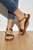 Tonny Black Kadın Bronz Sandalet Tbens2