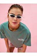 Koton Kadın Yeşil Yazı Baskılı T-Shirt