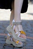 Madam Tarz Dolgu Taban Sandalet