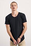 Tarz Cool Paket Beyaz Siyah Pis Yaka Salaş T-shirt 2'li