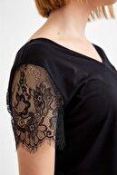 İkiler Kadın Siyah V Yaka Kolları Dantelli Bluz 021-1012