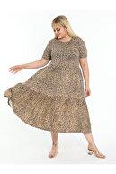 LİKRA Kadın Kahverengi Büyük Beden Leopar Desen Büzgülü 3 Katlı Lı Viskon Elbise