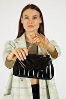Etka Çanta Kadın Rugan Siyah Nakışlı Mini Gissle Çanta