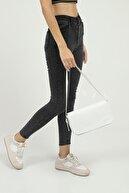 Shaka Beyaz Kapaklı Baget Çanta 27x15 Cm