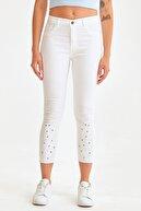 Fullamoda Paçası İşlemeli Inci Detaylı Kot Pantolon