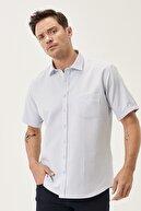 Altınyıldız Classics Erkek Beyaz-Mavi Regular Fit Klasik Gömlek Yaka Kısa Kollu Yazlık Gömlek
