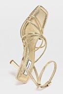 Stradivarius Bantlı Topuklu Sandalet