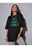 Leprikon Kadın Siyah Neon Baskılı Tshirt
