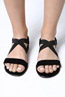 Beyond  Kadın Siyah Lastikli Sandalet