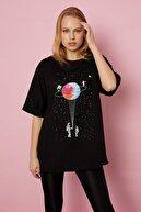 Arma Life Uzay Baskılı T-shirt