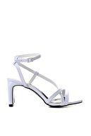 Bambi Beyaz Kadın Klasik Topuklu Ayakkabı K05575000109