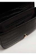 Mango Kadın Siyah Timsah Derisi Görünümlü Baguette Çanta
