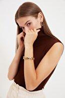 TRENDYOLMİLLA Kahverengi Kolsuz Boğazlı Triko Bluz TWOAW20BZ0742