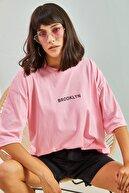 Bianco Lucci Kadın Brooklyn Baskılı Oversize Tshirt