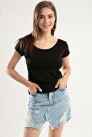Pattaya Kadın Geniş Yaka Kısa Kollu Tişört Y20s126-10534