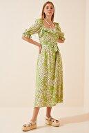 Happiness İst. Kadın Uçuk Yeşil Çiçekli Fırfırlı Yazlık Viskon Elbise FN02806