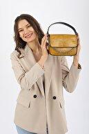 Madamra Sarı Kroko Kadın Kapaklı Zincirli Çapraz Çanta