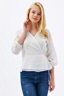 Pattaya Kadın Beyaz Kruvaze Dokuma Çiçekli Bluz P21s201-2232
