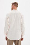 TRENDYOL MAN Taş Erkek Düğmeli Yaka Apoletli Slim Fit Gömlek TMNSS20GO0189