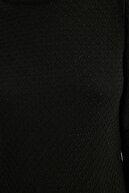 TRENDYOLMİLLA Siyah Balon Kollu Örgü Detaylı Triko Kazak TWOAW21KZ0817