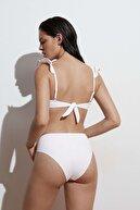 Oysho İşlemeli Yüksek Belli Bikini Altı