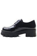 GRADA Hakiki Deri Parlak Siyah Kırışık Rugan Kalın Tabanlı Bayan Ayakkabı