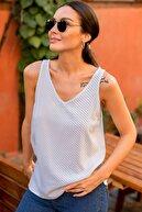armonika Kadın Beyaz Askili V Yaka Puanli Bluz
