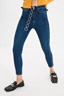 TRENDYOLMİLLA Lacivert Belden Tokalı Yüksek Bel Skinny Jeans TWOSS21JE0433