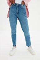 TRENDYOLMİLLA Indigo Yıkamalı  Yüksek Bel Mom Jeans TWOSS20JE0099