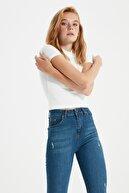TRENDYOLMİLLA Lacivert Paçası Yırtıklı Yüksek Bel Skinny Jeans TWOSS20JE0299