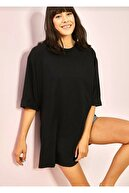LE CARAMBOLE Kadın Siyah Yandan Yırtmaçlı Oversize Penye T-shirt