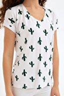 Fullamoda Kadın Beyaz Kaktüs Baskılı Tshirt