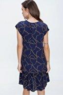 By Saygı Kadın Lacivert Düşük Kol Zincir Desenli Fırfırlı Viskon Elbise S-20Y3080100