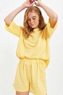 TRENDYOLMİLLA Sarı Bisiklet Yaka Pijama Takımı THMSS21PT0164