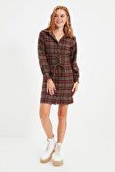 TRENDYOLMİLLA Çok Renkli Bel Detaylı Elbise TWOAW21EL1863