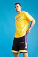 Defacto Erkek Sarı Nba Lisanslı Oversize Fit Bisiklet Yaka Pamuklu T-Shirt