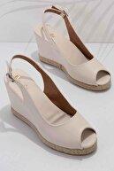 Bambi Bej Kadın Dolgu Topuklu Ayakkabı K05874011609