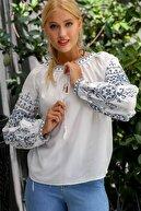 Chiccy Kadın Beyaz Selanik Kanaviçe Nakışlı Balon Kol Püskül Bağlamalı Dokuma Bluz M10010200BL94901