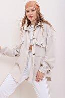 Trend Alaçatı Stili Kadın Bej Kaşe Pamuklu Oversize Ceket Gömlek ALC-X7143