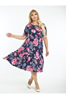 LİKRA Kadın Lacivert Büyük Beden Pembe Çiçek Desen Büzgülü 3 Katlı Lı Viskon Elbise