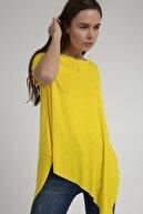 Pattaya Kadın Sarı Asimetrik Kesim Viskon Kısa Kollu Tişört P21s201-2201