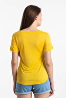 Mossta Kadın Sarı Çapraz Yaka T-shirt