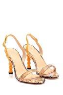 Derimod Kadın Ahşap Misket Topuklu Sandalet