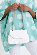 Ludo Vico Kadın Beyaz Dikiş Detaylı Kapitone Çapraz Askılı Çanta