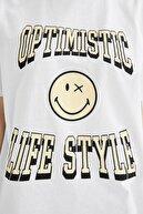 Defacto Kadın Beyaz Coool Smileyworld Lisanslı Relax Fit Kısa Kollu Tişört U2755AZ21SP
