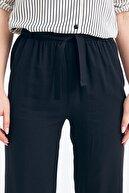 Fullamoda Kadın  Lacivert Kuşaklı Bol Paça Pantolon
